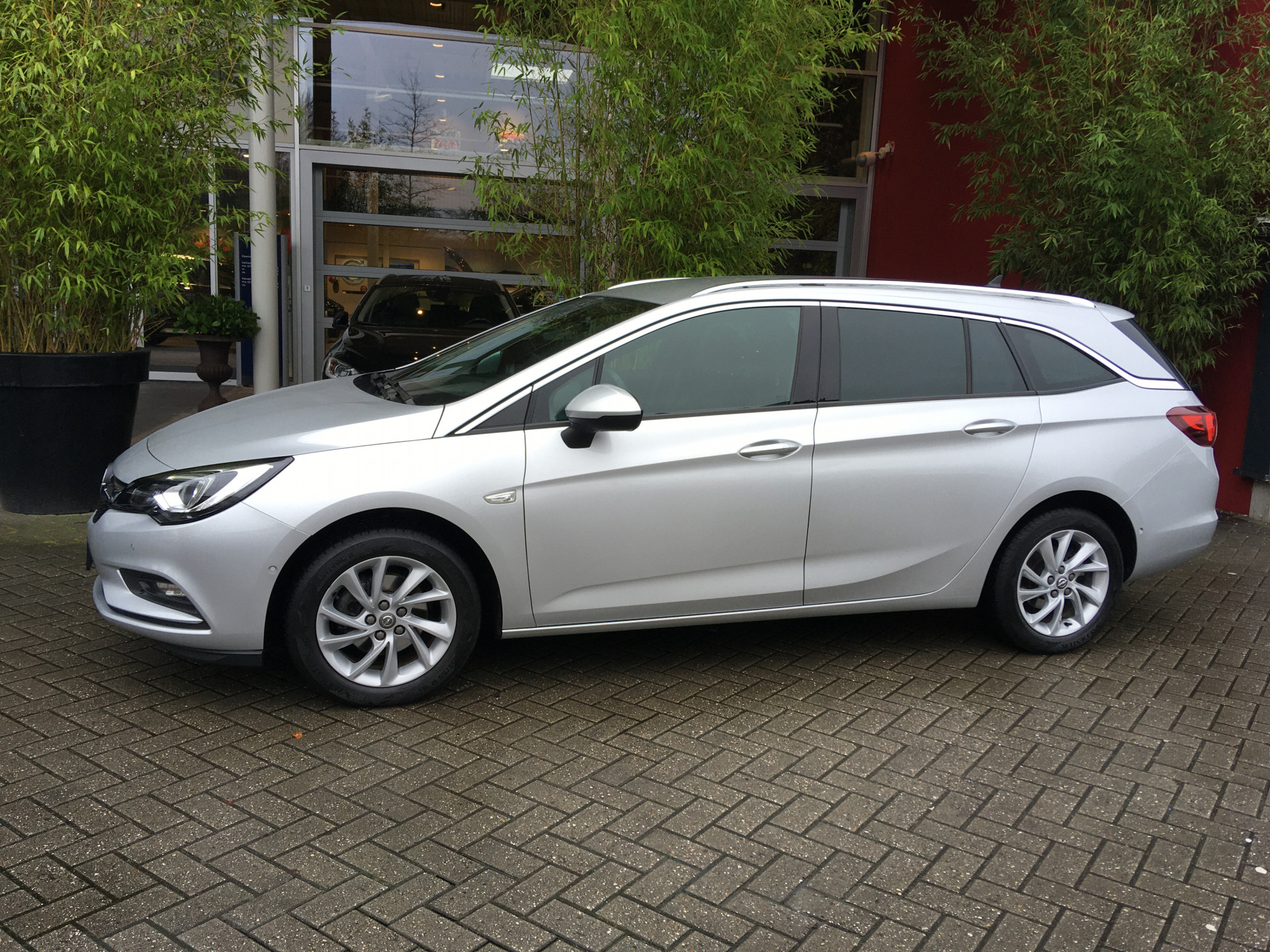 Opel Astra Sports Tourer 1.4 T 110 kw Innovation