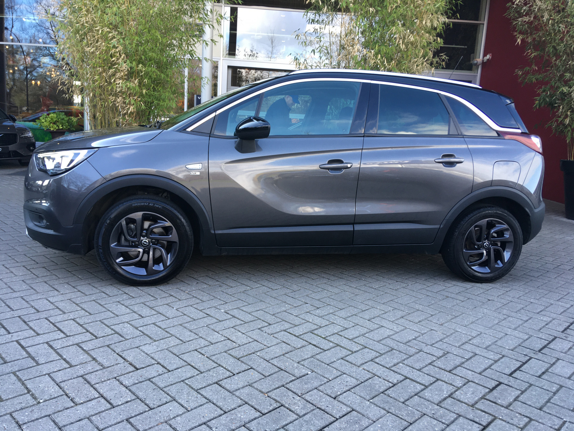 Opel Crossland X 1.2 Turbo 120 Jaar Edition Aut.
